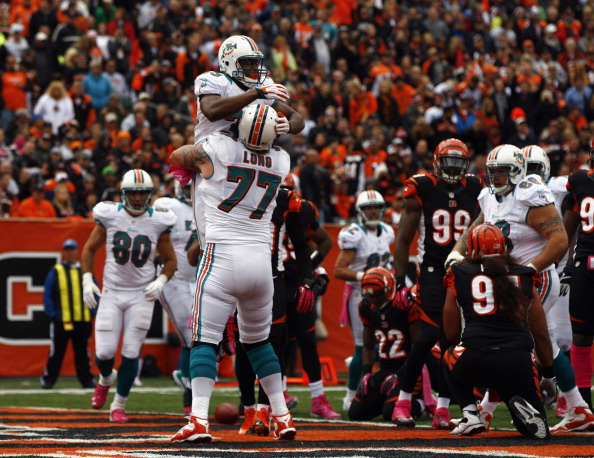 Dolphins Defense Saves Big Four-Point Win 17-13 Over Bengals